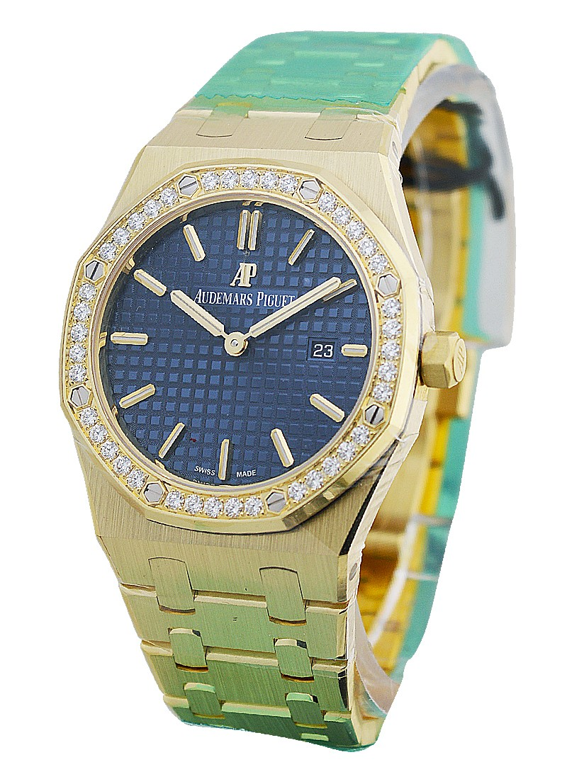 Audemars Piguet Royal Oak Ladies 33mm in Yellow Gold with Diamond Bezel