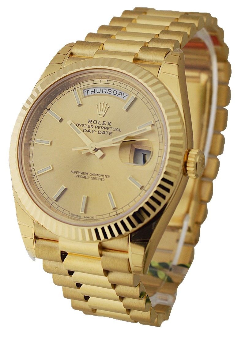 Rolex Unworn Day Date 40 in Yellow Gold   Fluted Bezel