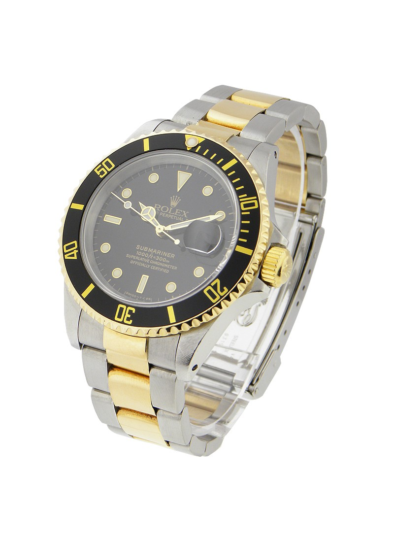 Pre-Owned Rolex Submariner 2-Tone in Steel with Yellow Gold Black Bezel