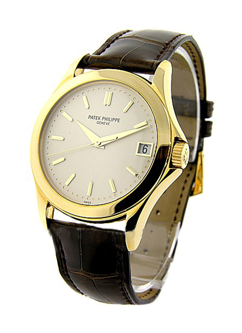 Patek Philippe Calatrava  Ref 5107J in Yellow Gold
